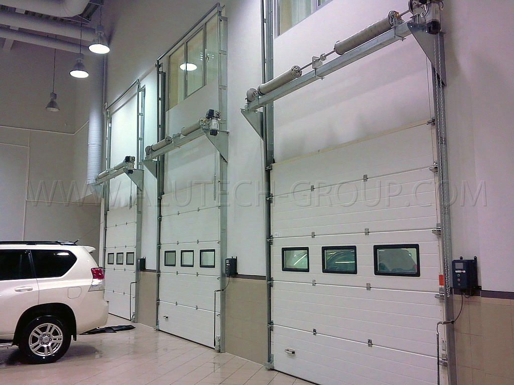 Промышленные ворота Alutech 2000х2000 мм