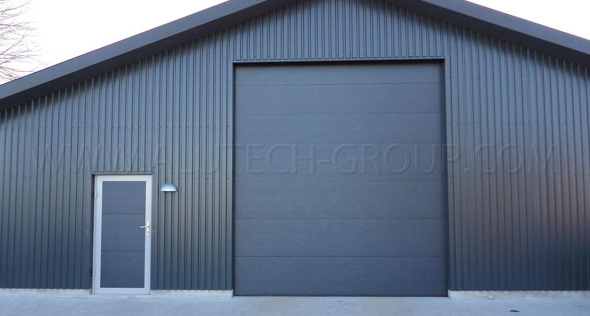 Промышленные подъемно-секционные ворота Alutech 2500х2500мм