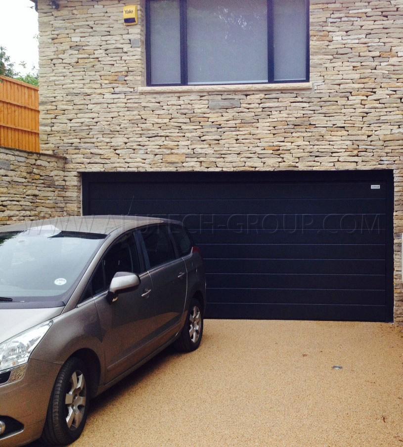 Подъёмные гаражные ворота Alutech Trend 2125х2250 мм